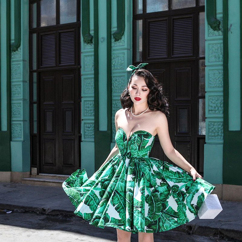 le palais vintage 2018 Summer Vintage Corset Type Ball Gown Dress Slim High Rise Romance Floral Printed Strapless with Chest Pad