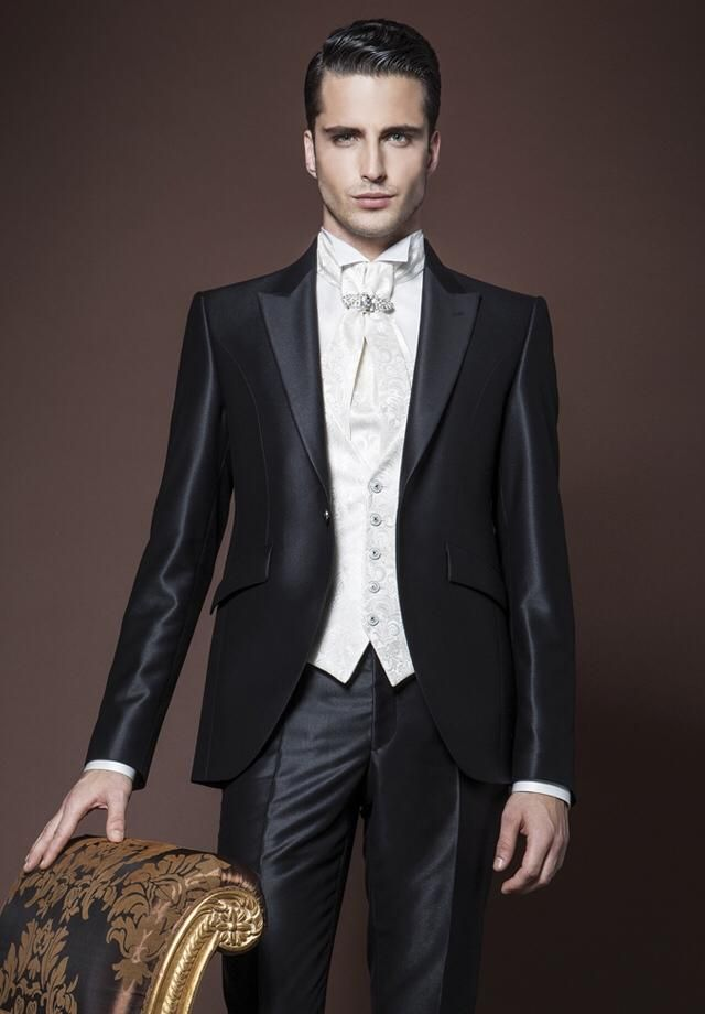 New Arrival One Button Black Groom Tuxedos Groomsmen Mens Wedding Suits Formal Dress (Jacket+Pants+Vest+Tie) NO:153