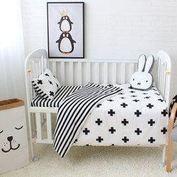 3 piezas algodón del lecho del bebé cuna Sets negro blanco raya patrón cruzado cuna Set incluyendo edredón funda de almohada hoja plana