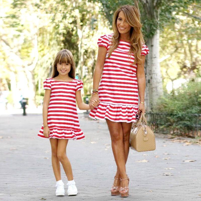 Mère enfants maman et fille robe rayée mère fille robes à manches courtes fille grande soeur famille look correspondant vêtements