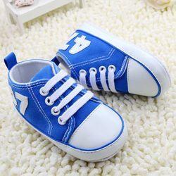 Mode Toile Bébé Chaussures Enfant Garçon Filles Chaussures Dentelle-Up Infantile Nouveau-Né Berceau Chaussures Première Walker No-Slip Sneaker de Childre