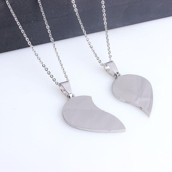 Skyhai Bijoux pas cher en acier inoxydable 2 demi coeur couple collier cadeau pour petite amie et ami