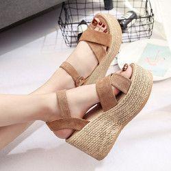 2018 nuevo verano hebilla sandalias de las mujeres rebaño de terciopelo moda de boca de pescado tacón plataforma abierta Sandalias Mujer Zapatos