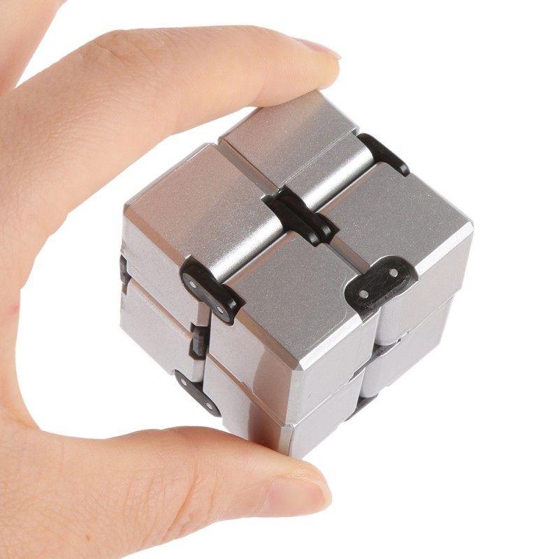 Lustige 2x2x2 Neue Magische Unendliche cube Skewb Finger Zappeln Kunststoff Hand Für Autismus/ADHS Angst Stressabbau Fokus Spielzeug Geschenk