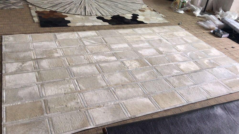 Neueste Und Top Qualität Rindsleder Patchwork Weiß Teppich Einzigartige Design Für Wohnzimmer