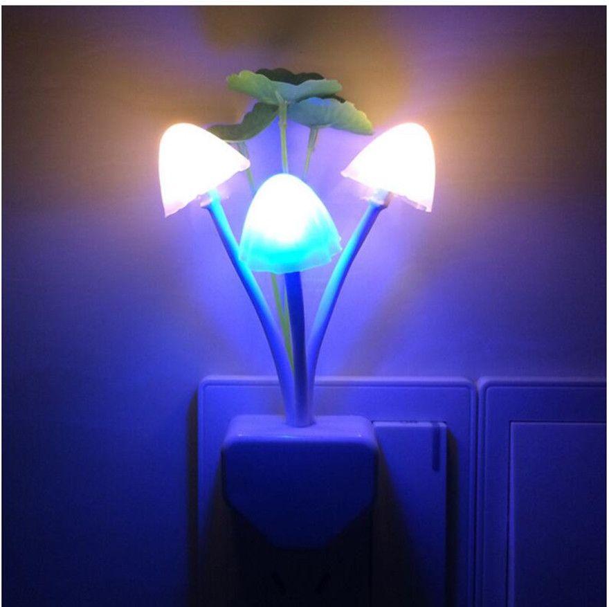 EU US Plug Changeable LED Lamp Romantic Mushroom Night Light Wireless Bedside Kids Illumination Lights Sensor Automatic Startup