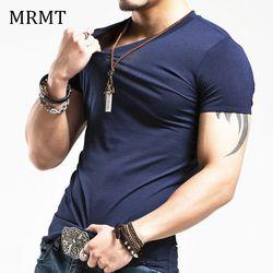2018 MRMT Marque Vêtements 10 couleurs élastique V cou Hommes T Shirt des Hommes De Mode T-shirt Remise En Forme Mâle Occasionnel T-shirt 5XL Livraison Gratuite