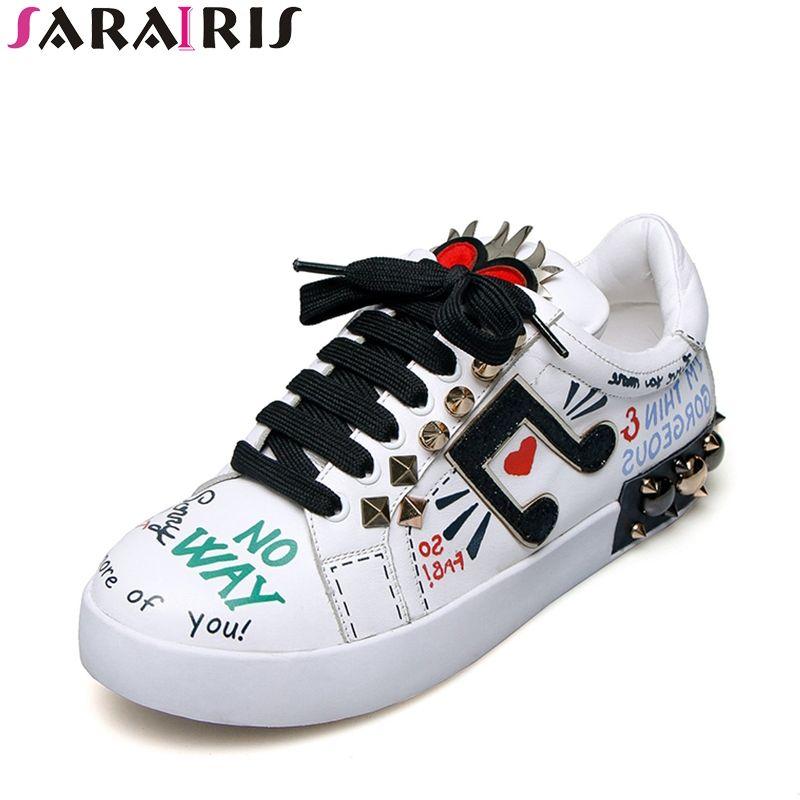 SARAIRIS Marque Chaussures Femmes Talons Plats En Cuir Véritable Lacent Rivets Vache En Cuir Confortable Chaussures Femme Punk Style