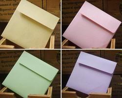 10 Pcs/ensemble Mignon 10*10 cm Kraft Carré Mini Enveloppes Vierges pour la Carte De Membre/Petite Carte De Voeux/de stockage Papier Enveloppes