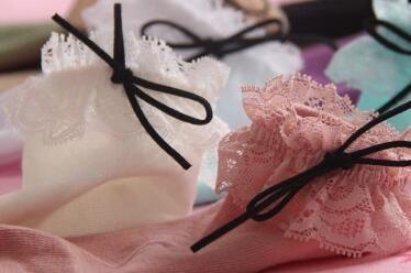 3 Pairs one set er bets 2017 Women Fashionable Patterns Cotton Winter Socks Cute Cartoon Middle Sock Female Short Socks