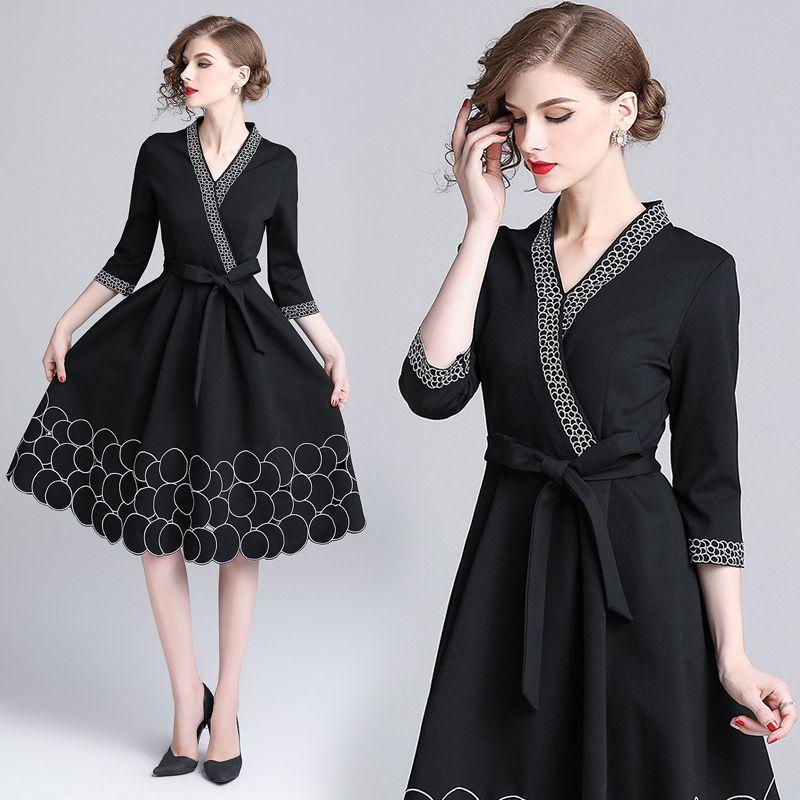 womens ladies Designer V-neck embroidery Embroidered round belt runway black A-line Skater Cocktail party work wear office dress