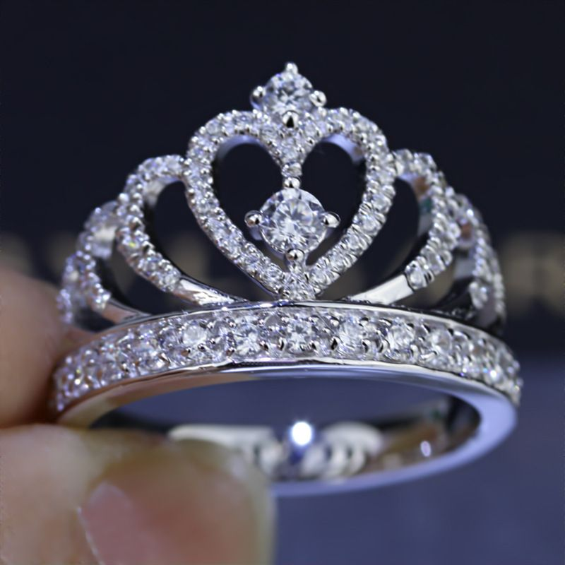 Femmes Couronne bague À La Main 1.5ct AAAAA zircon cz 925 En argent Sterling Engagement Band Anneau De Mariage pour les femmes Cadeau