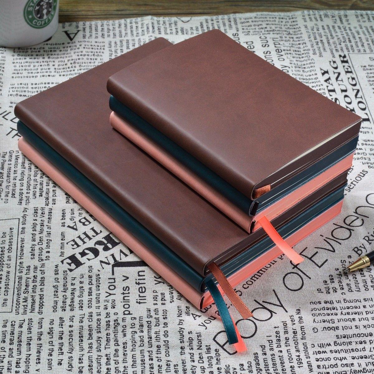 2017 Nuevo Cuaderno de Bocetos En Blanco A5 A6 Diario viajero Del Cuaderno diario Creativo Lindo Material Escolar Oficina de Dibujo Pintura