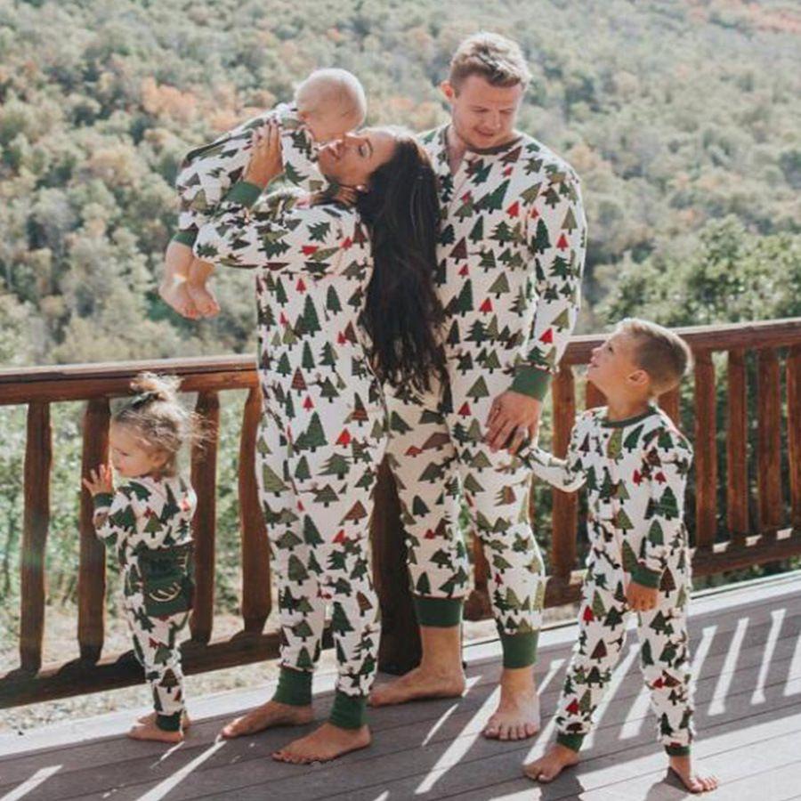 2017 семейный новогодние пижамы мать и дочка пижамы хлопка для папы и сына Одинаковая одежда наряды Одинаковая одежда для всей семьи