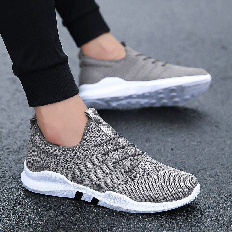 Spring summer Popular For Men Lightweight Outdoor Sport Running Shoes Couples Breathable Soft Athletics Comfortable Sneakers