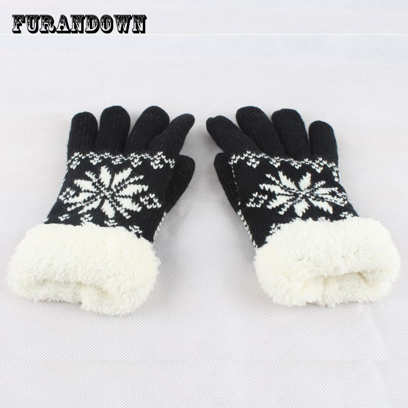 2017 New Winter Gloves Mittens For phone Women girls Warm Thick Fleece Wool Gloves Snowflake Knit Gloves