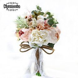 Kyunovia New Camellias Wedding Bouquet Plants Floral Bouquet Gift Lace Handle Keepsake Bouquet Garden Theme Wedding Flowers FE40