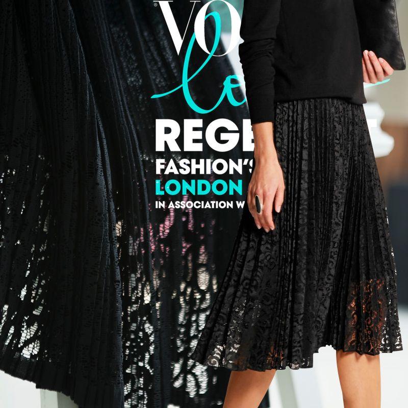 Broderie tissu de mode de couture, Sexy dentelle tissu, Fois et tissu plissé, Coudre pour plissée - jupe, D'une seule pièce robe, De l'artisanat par mètre