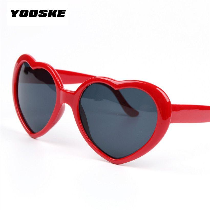 YOOSKE Belle En Forme de Coeur Lolita Cadeau lunettes de Soleil Femmes Marque Ronde Femmes Lunettes de Soleil Lunettes Féminin Miroir Femelle