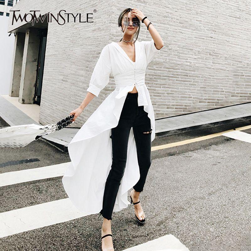 TWOTWINSTYLE Asymmetrische Hemd Weibliche V Neck Tunika Hohe Taille Rüschen Lange Weiße Bluse 2018 Sommer Mode Sexy Kleidung
