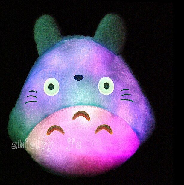Nueva Led Luminoso Almohada de Felpa Encantadora Totoro Totoro Juguete de Regalo de Bodas regalo de Cumpleaños Regalo de Navidad