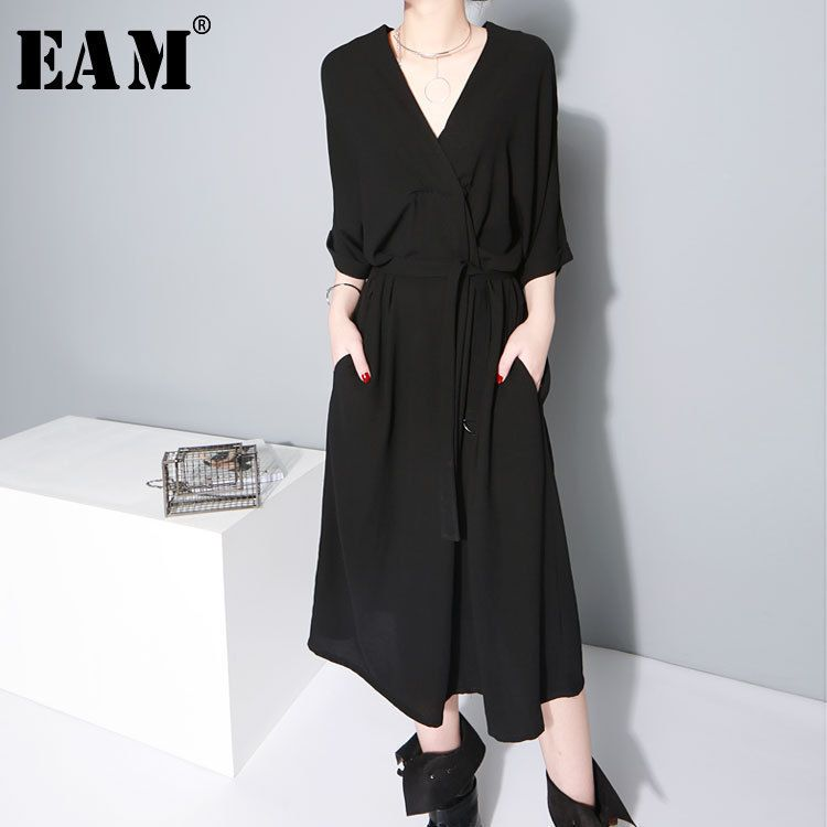 [EAM] 2018 New Summer V-collar Half Sleeve Black Bandgae Loose Temperament Loose Big Size Chiffon Dress Women Fashion Tide JF733