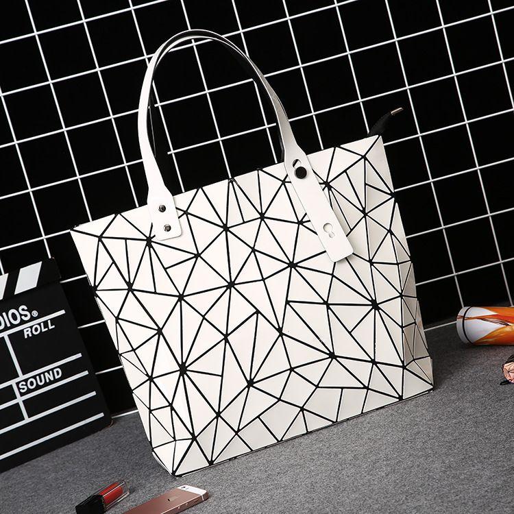 women bags 2017 new beautiful women fashion Fashion bags casual bag women 2017 new high quality High capacity top-handle bag