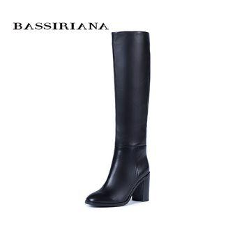 Bassiriana/Новые 2017 натуральная кожа высокие сапоги женская обувь зимние пикантные Обувь на высоком каблуке с круглым носком на молнии черный ко...