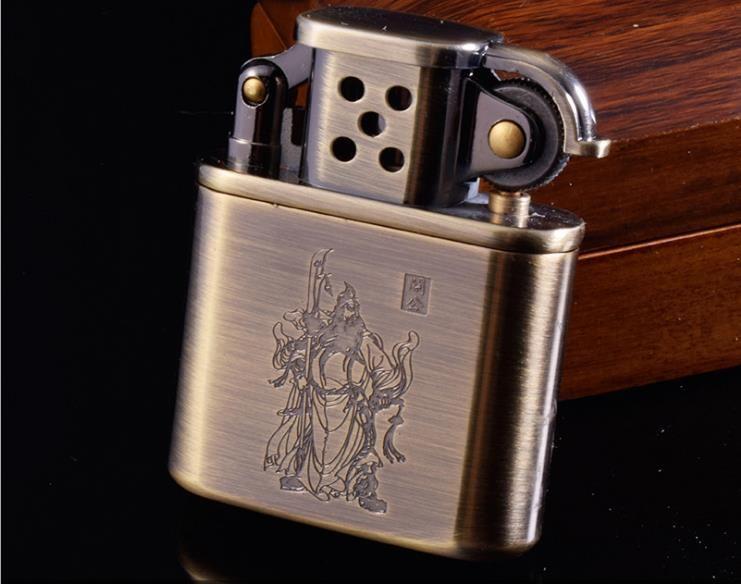 Créatif coupe-vent kérosène briquet en acier inoxydable roue vieux briquet rechargeable cigare tabac allume-cigare en métal hommes cadeau