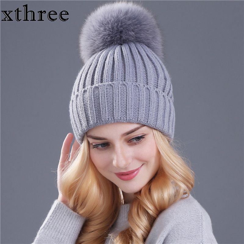 [1xthree] bienes de piel de zorro pom poms bola Mantenga sombrero caliente del invierno para muchacha de las mujeres del sombrero de lana de punto gorros cap grueso casquillo hembra