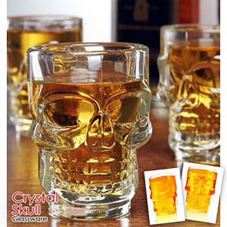 600-700ML Win Cup Glasses Transparent Vodka Cup Glass Skull Beer Cup with Hand Grip