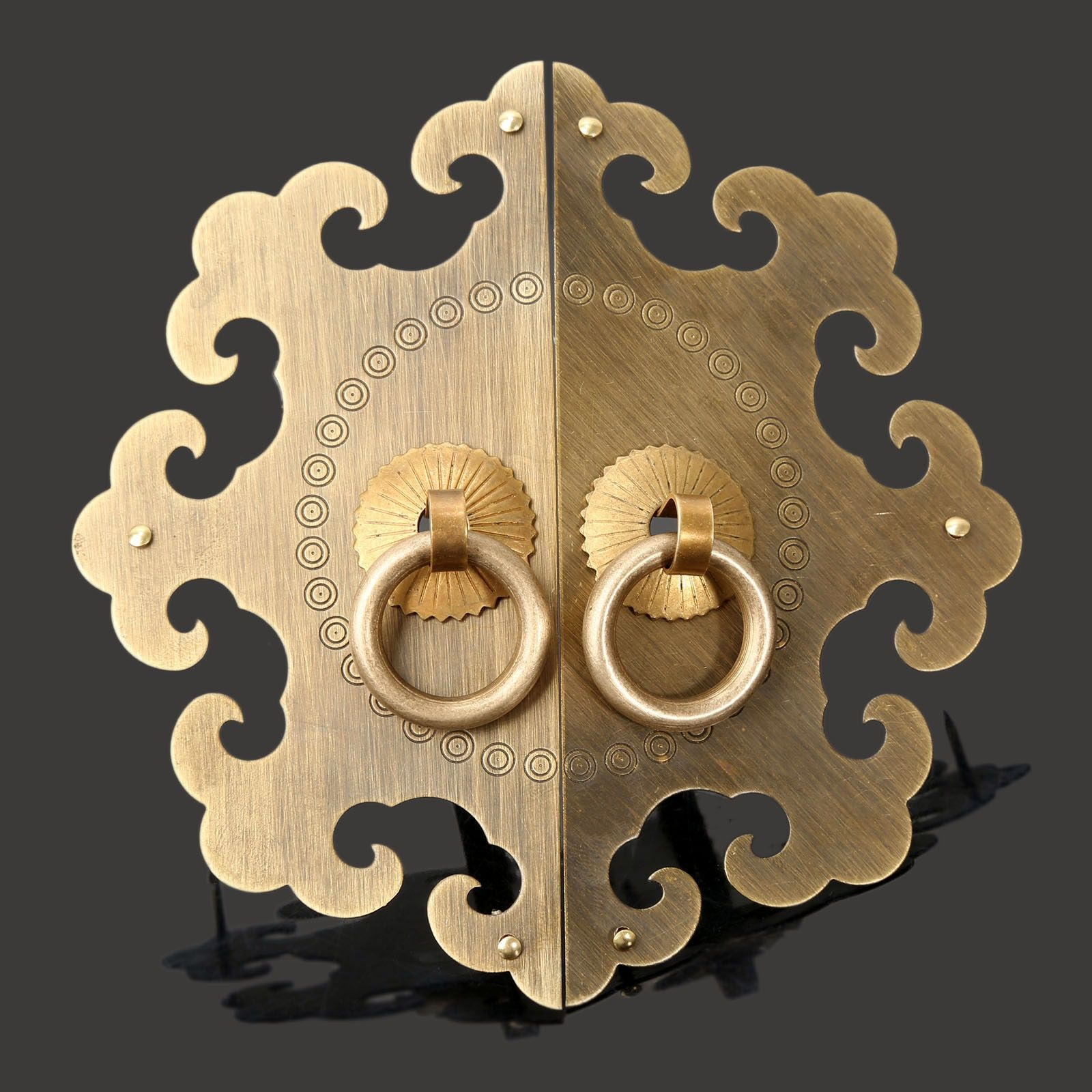Antique Furniture Fittings Brass Hardware Vintage Chinese Cabinet Face Plate Set Door Cupboard Pull Handle Knobs for Furniture
