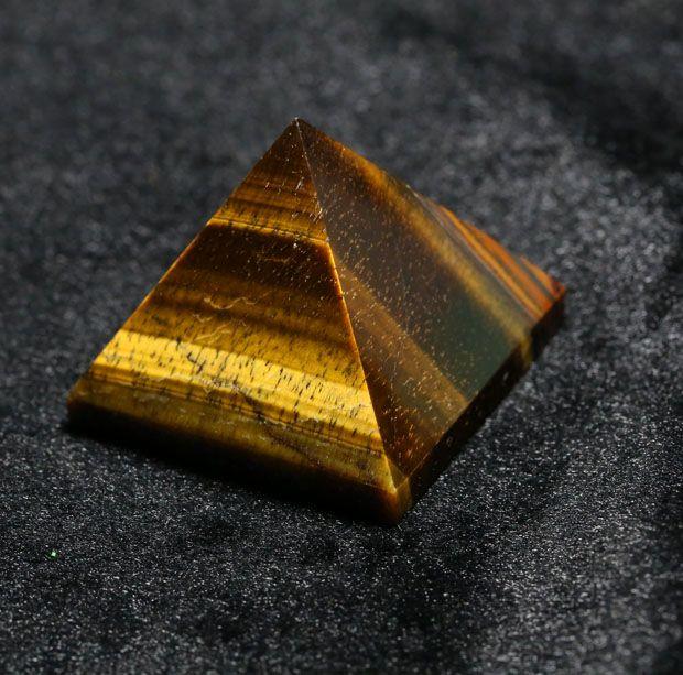 2015 oeil de tigre cristal quartz Gravé 40mm 1,5 pouce Pyramide En Pierre Taillée Pierres de Chakra Guérison Reiki pendentif livraison gratuite
