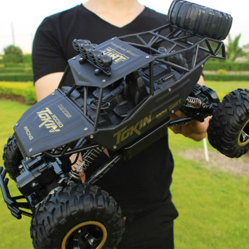 1:12 4WD RC Cars Updated Version 2.4G Radio Control RC Cars Toys 2018 High speed Trucks Off-Road Trucks Toys for Children