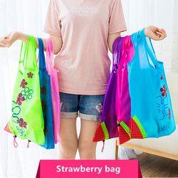 Hot Creative sac À Main de stockage de l'environnement Fraise Pliable Shopping Sacs D'épicerie Réutilisables Pliage Nylon Grand Sac