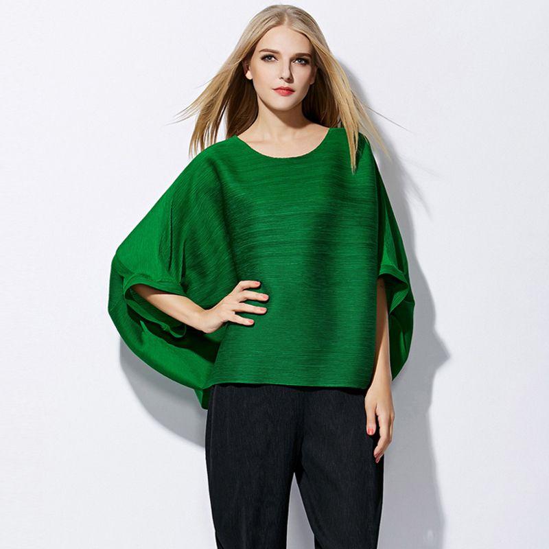 Changpleat Plus Größe frauen T-shirts Miyake Faltete Mode lose schöne fledermaus ärmel Feste Oansatz weibliche T-shirt Lässig Schwarz