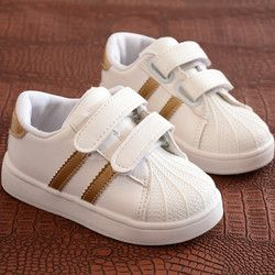 Niños zapatos niños niñas Zapatos de deporte antideslizante Soft Bottom niños zapatillas bebé 2018 nuevo plano ocasional zapatillas blancas zapatos size21-30