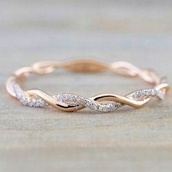 Bulat Cincin untuk Wanita Tipis Warna Rose Gold Twist Rope Susun Cincin Pernikahan Tembaga Gratis Pengiriman