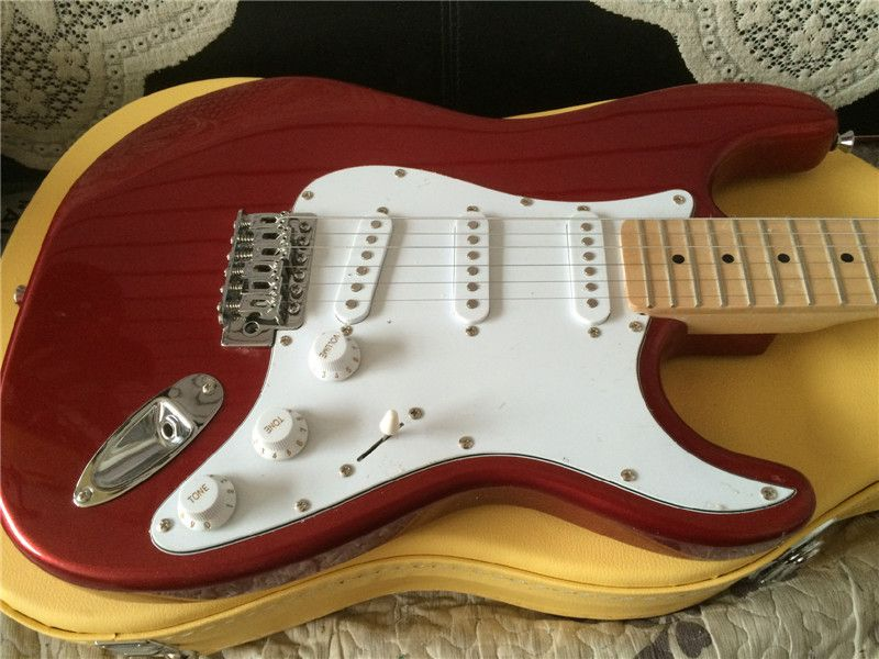 Free shipping 2016 electric guitar/Metal red color electric guitar/guitar in china