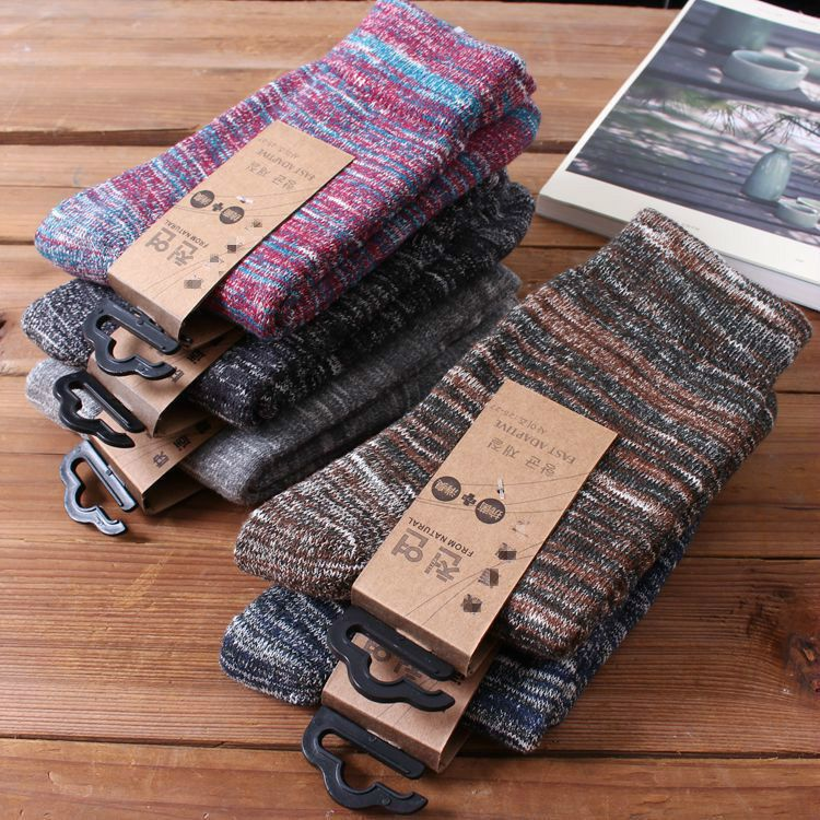 New Harajuku autumn and winter high-quality thickening warm men's leisure cotton socks in the tube fashion ring  socks wholesale