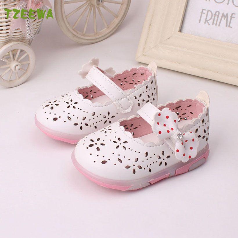 2017 Nuevo Sandalias Párr Ninas Led Luz Muchacha Del Niño Sandalias de Moda Chaussure Enfant Fille Bebé zapatos Florales bebé sandalias de la muchacha