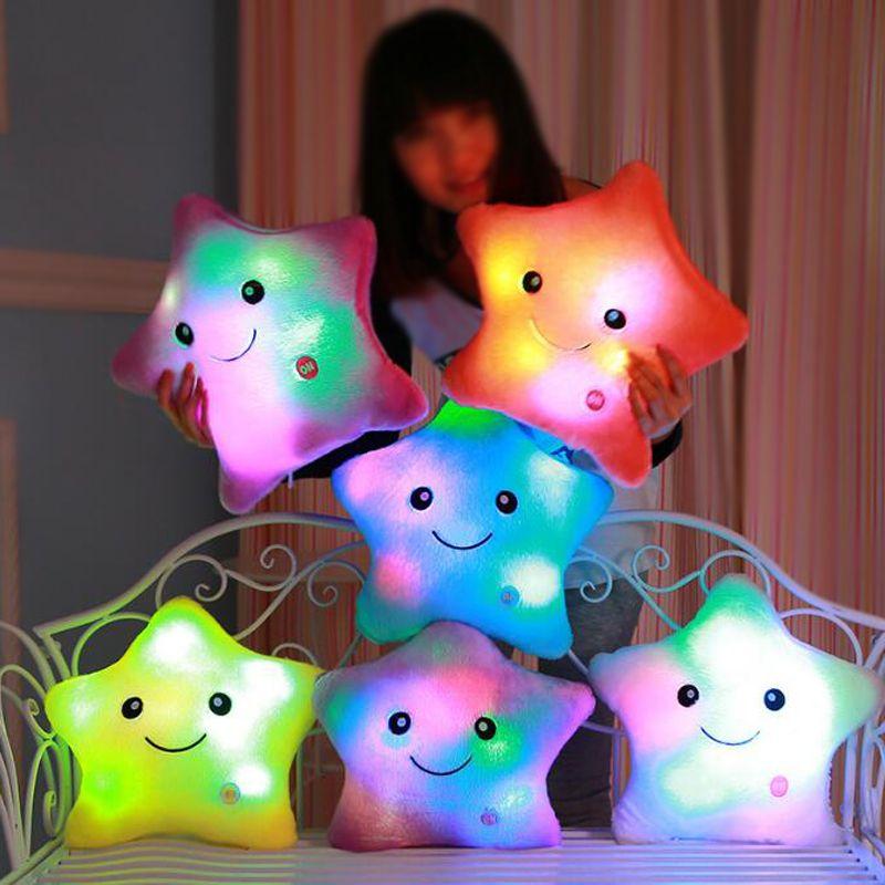 Oreiller lumineux jouets de noël, oreiller lumineux LED, oreiller en peluche, étoiles colorées chaudes, cadeau d'anniversaire pour enfants YYT214