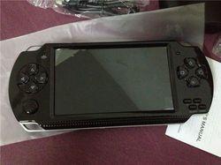 Livraison Gratuite de poche console de jeu réel 8 GB Mémoire portable vidéo jeu construit en mille jeux gratuits mieux que sega tetris nes