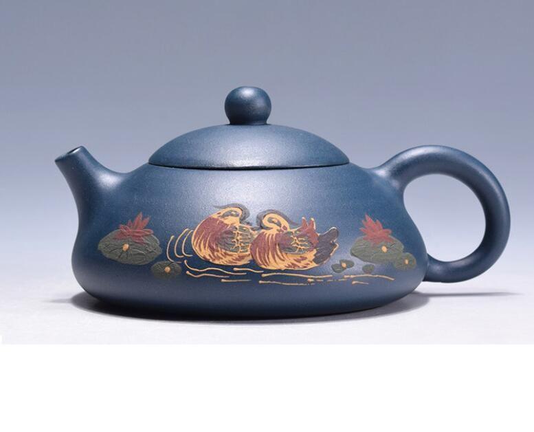 Yixing Purple grit Teapot Flat Tea Pot,China's top-level artist design Green mud Purple sand pot handmade Kung Fu Tea Set Teapot