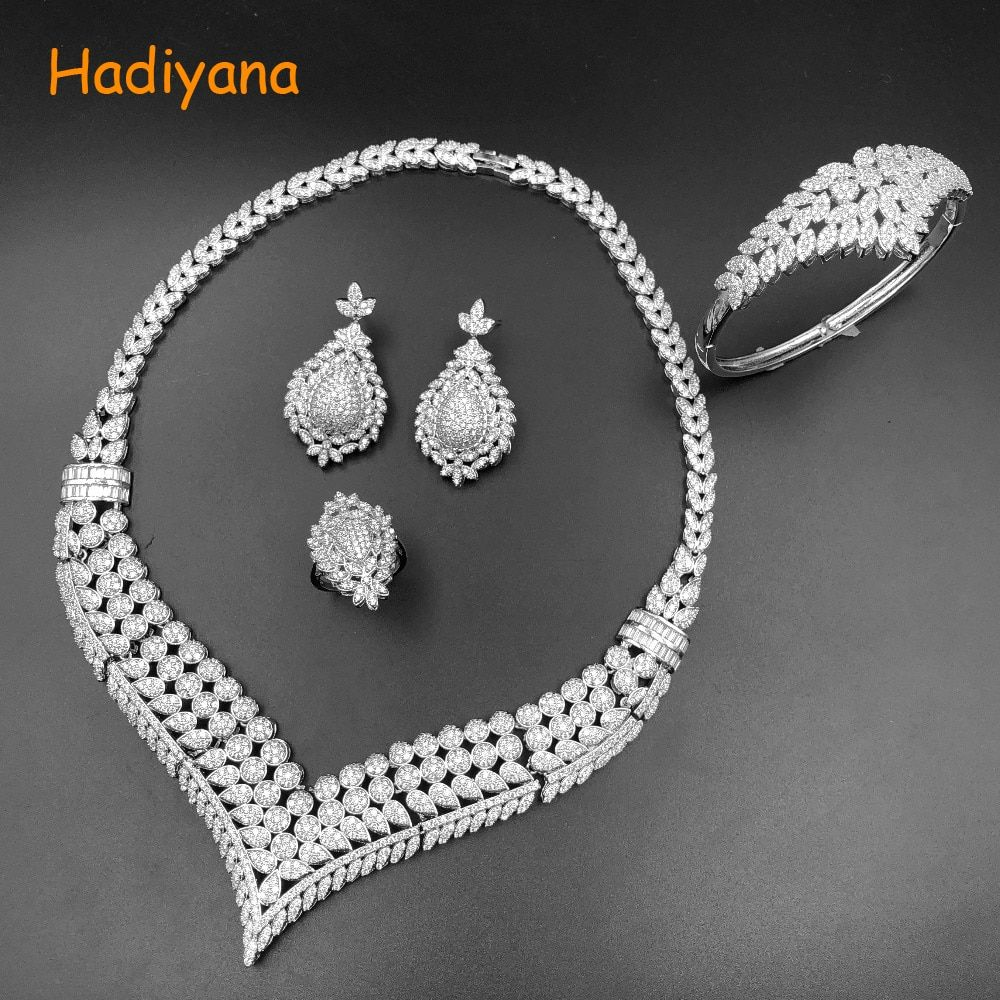Hadiyana Top quality Bridal Jewelry Sets For Women Elegent Zircon Paved By Hand V Design, 4pcs Wedding Sets for Woman 2356w