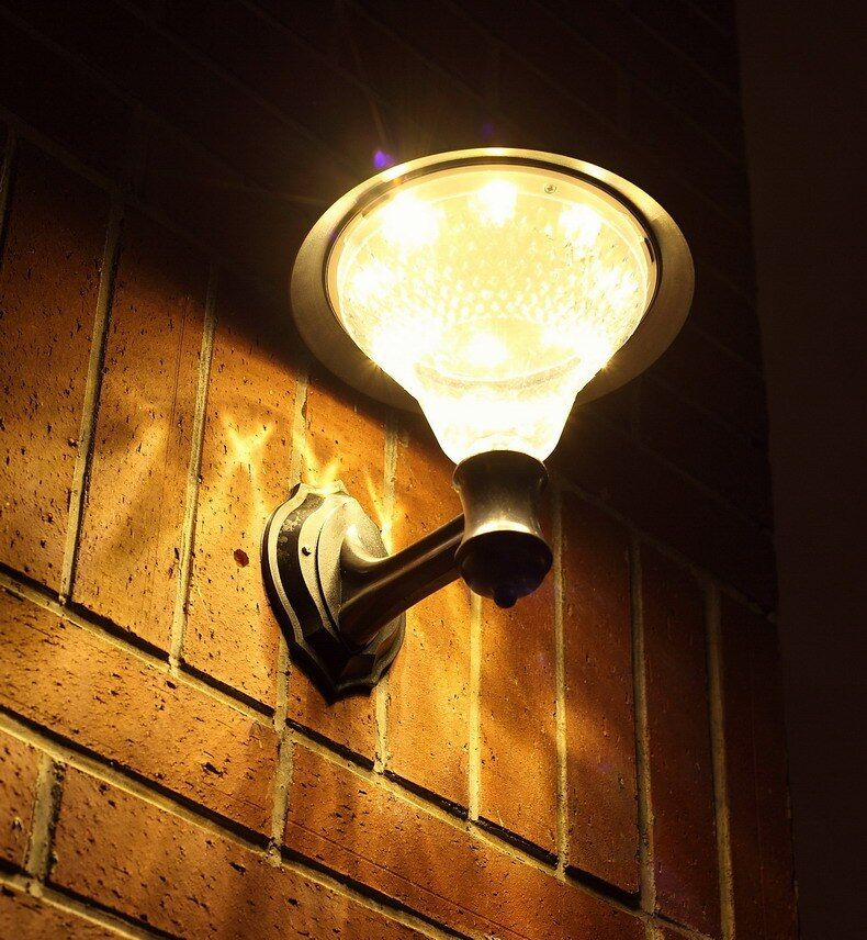 TRANSCTEGO Solaire Jardin 32 Led Lumière Led Lampe de Mur Solaire Lampadaires Extérieur Imperméable À L'eau de Puissance Luminaria Batterie Lampes