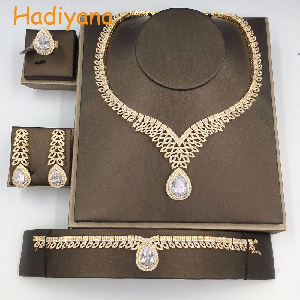 Hadiyana 2018 4pcs Zirconia Jewelry Sets For Woman Luxury Jewelry Set For Valentine Day Anniversary Party Color Guaranteed CN216