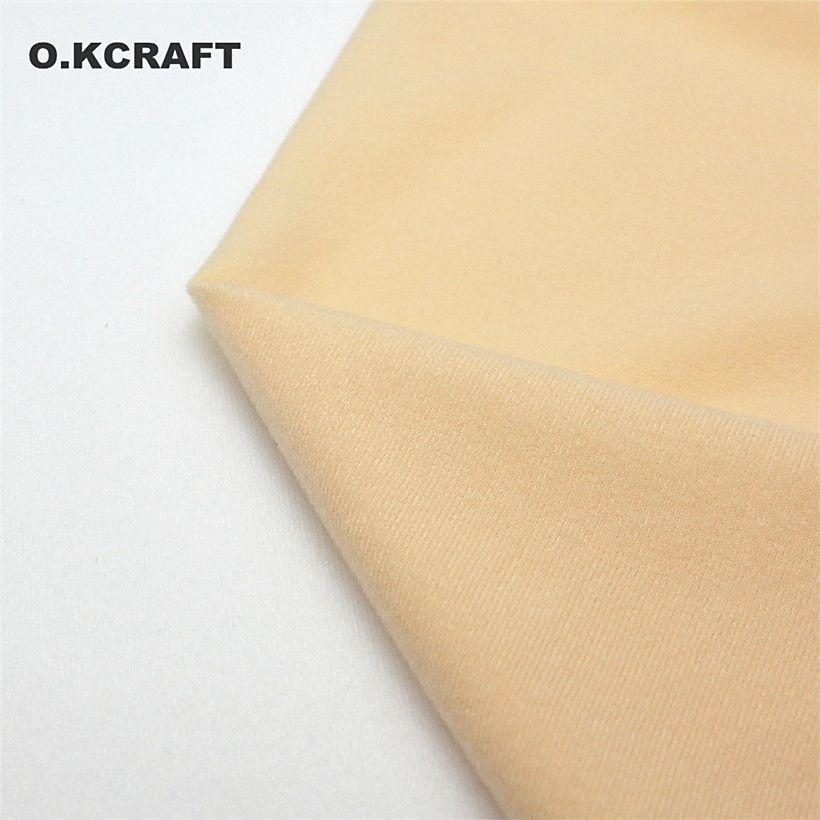 Demi-Mètre Lumière Kaki Poupée Peau Polaire Tissu Tissu Couleur Unie En Peluche Tissu pour Coudre Patchwork Quilting Chair Tissu 50*150 cm