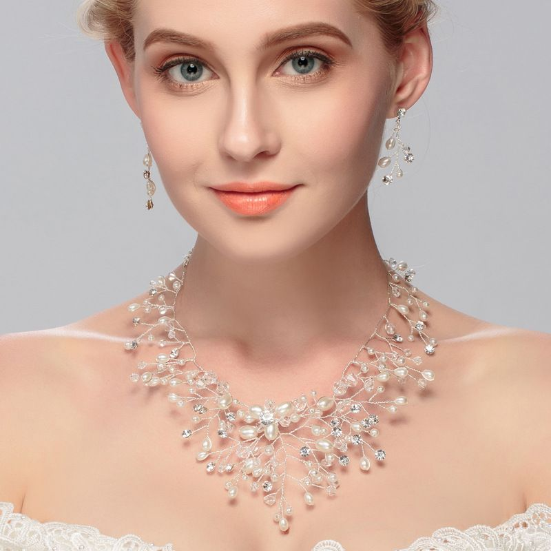 2016 Bridal Necklace And Earrings Set Sprkling <font><b>Rhinestone</b></font> Glass Crystal Fake Pearl Handmade Wedding Jewelry Set Parting Gifts