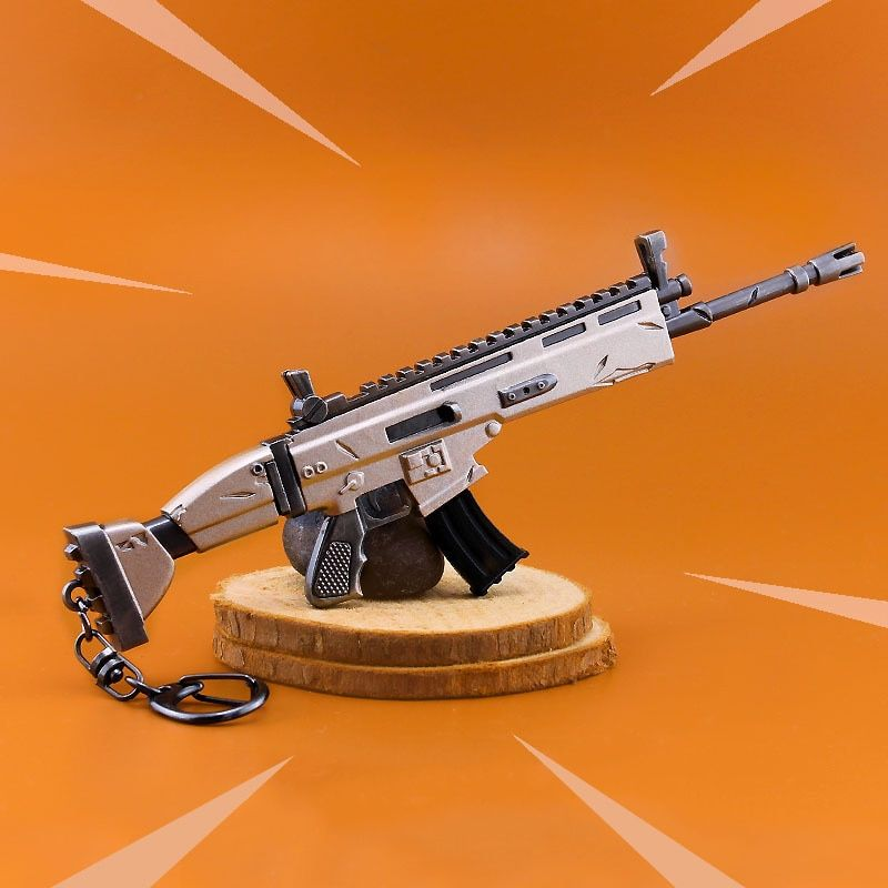 Fort Night Keychain Toy Battle Royale Action Figure Fortnight Scar Rifle Weapon Model Alloy Kids Christams Gifts
